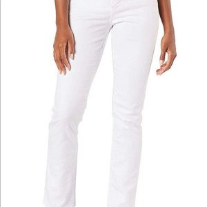Levi Gold Label Totally Shaping Straight Jeans 14L